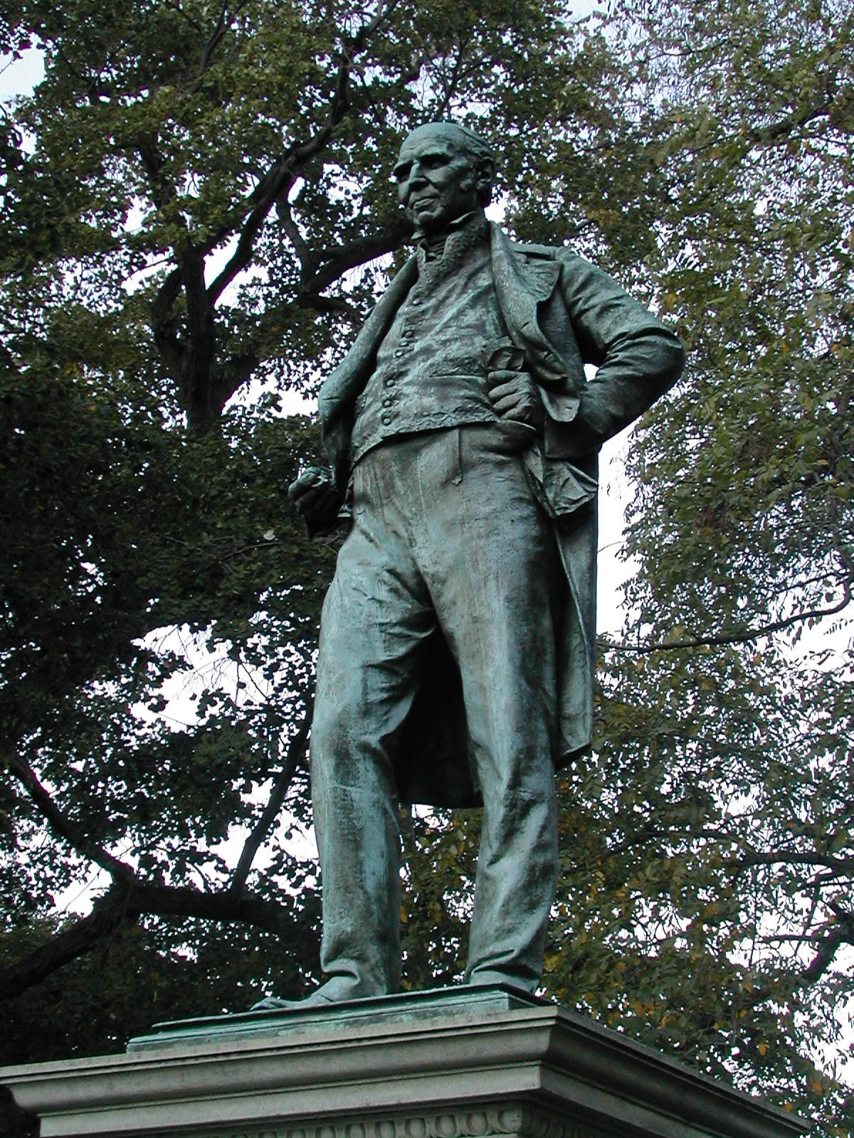 Stephen Girard statue in current location
